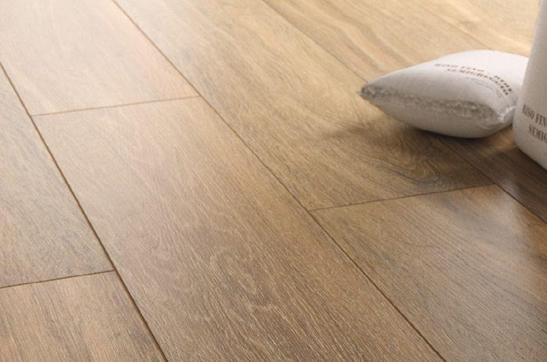 Gres Porcellanato effetto legno marrone, Cotto D'este offerte
